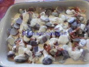 patate blu tagliatelle e genovese 027