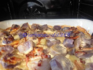 patate blu tagliatelle e genovese 029