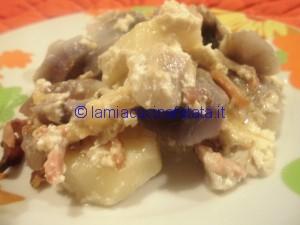 patate blu tagliatelle e genovese 031