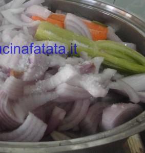 patate blu tagliatelle e genovese 036