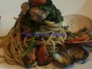 spaghetti con broccoli e frutti di mare 024