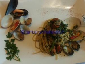 spaghetti con broccoli e frutti di mare 025